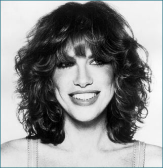 wavy nyc shag haircut w/ bangs  carly simon