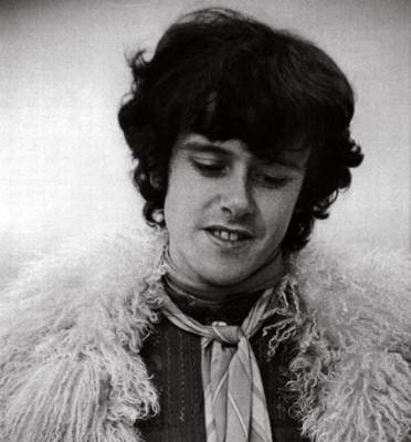 Retro 60's NYC Mod Haircut - Donovan